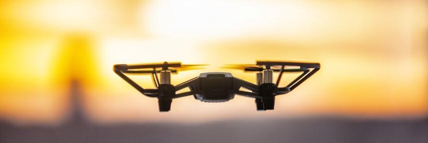 dlaczego warto kupić drona dziecku