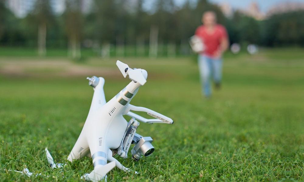 problemy z dronami