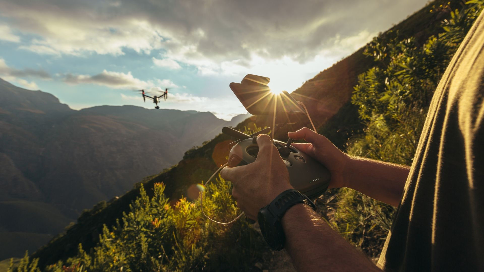 drony do filmowania obraz 1