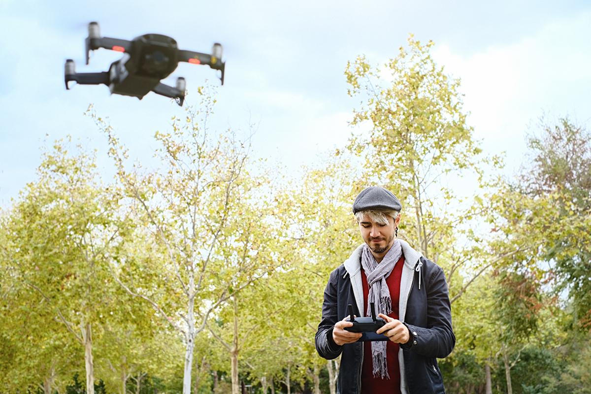 Najlepsze drony dla początkujących z kamerą